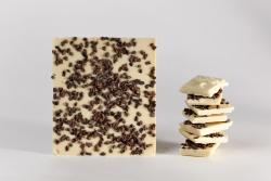 Tablette de chocolat blanc au grué de cacao