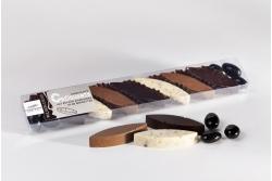 Chocolat aux amandes et noisettes torréfiées, amandes enrobées de chocolat